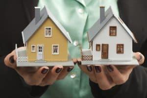 בתים למכירה